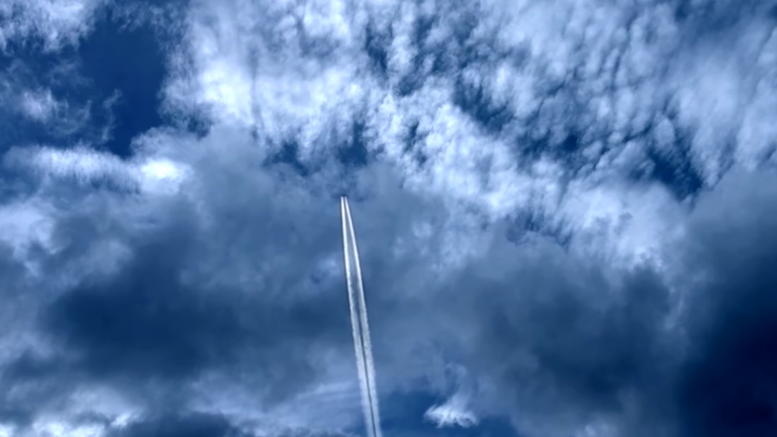 Chemtrails: Experimenting on the Public (Video)